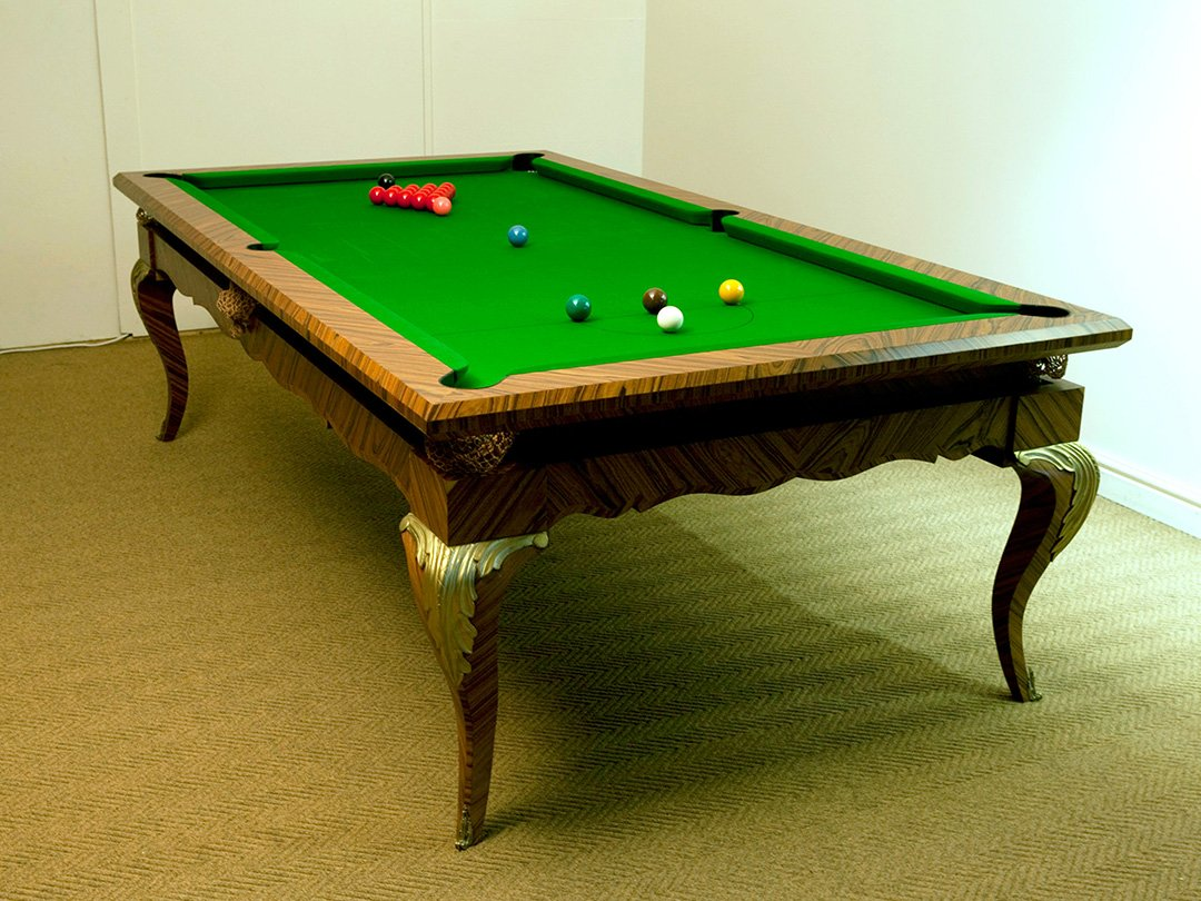 Elegant, Mahogany Snooker / Pool dual purpose table with Gold leaf carvings.