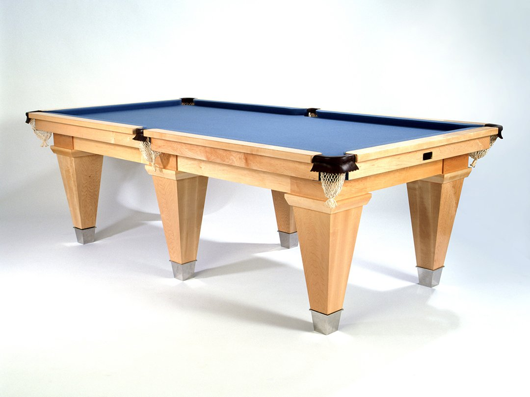 9ft Maple and Mahogany US Pool / Dining table