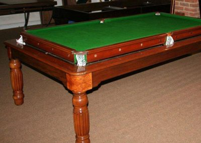 7ft-Mahogany-Reeded-leg-Rollover_playing