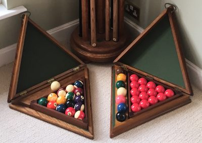 Traditional Oak Pool & Snooker accessories set