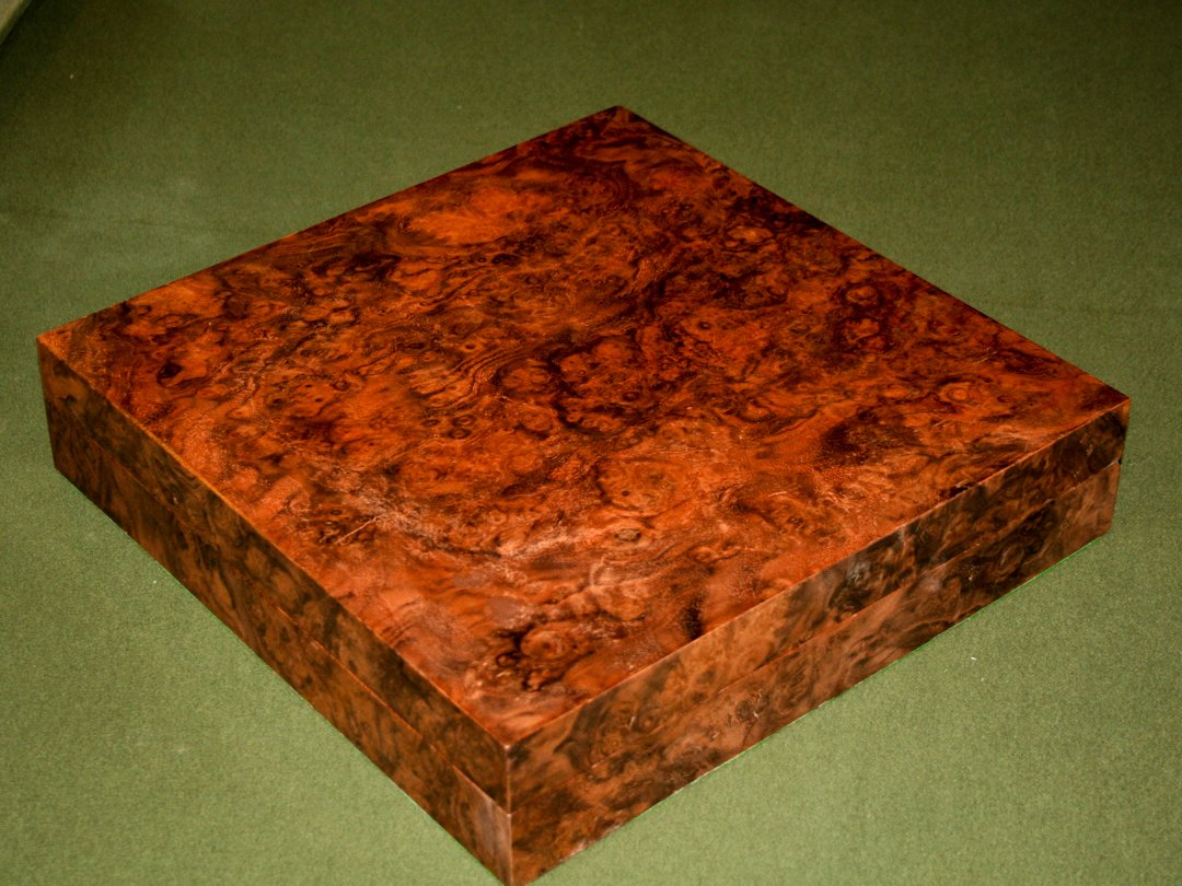 Bespoke Burr Walnut Snooker-ball Box - closed