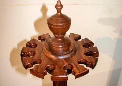 Cue-Rack-Pediment-walnut-12-cues-4x3