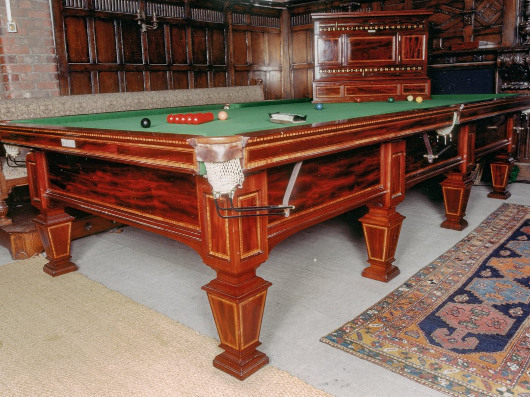 Joe-Davis-Personal-Billiard-table
