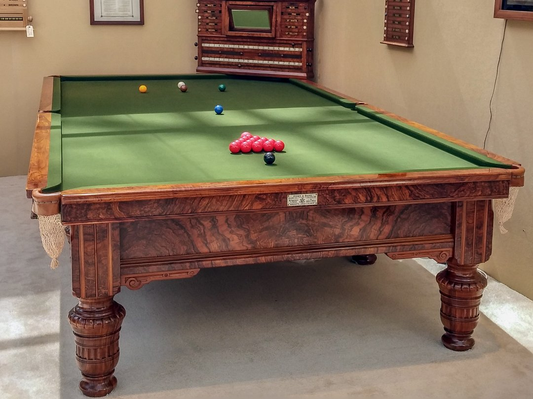 Orme-antique-billiard-table-at-Olympia